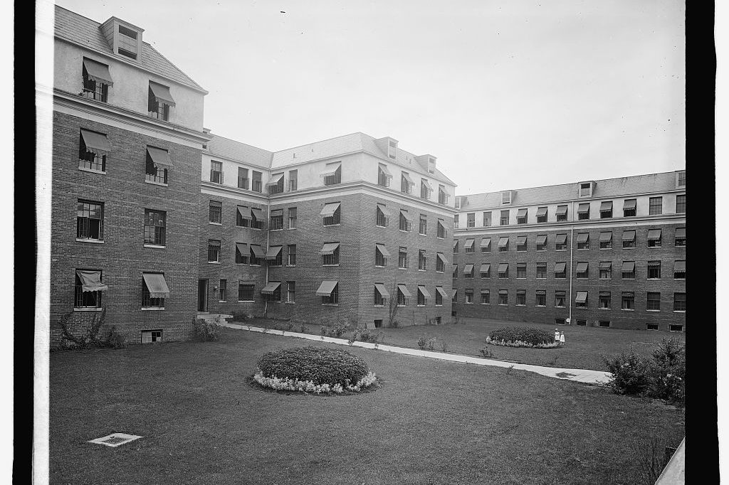 1920s South Cathedral Mansions